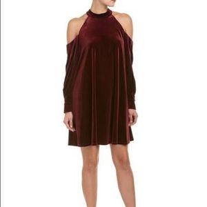 Laundry By Shelli Segal – Velour Shift Dress
